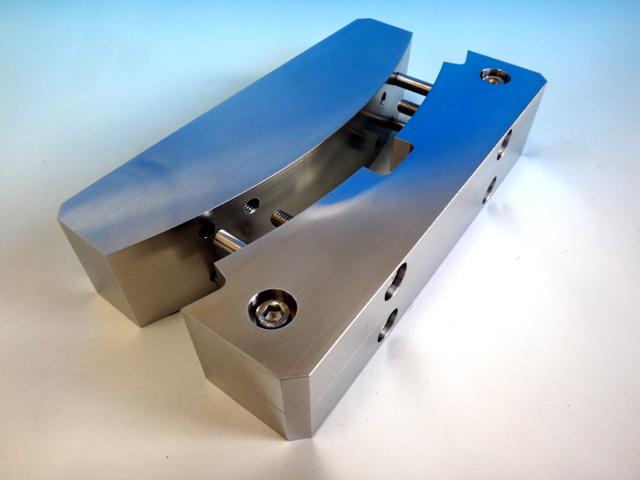 半導体関連部品 ラッピング加工例